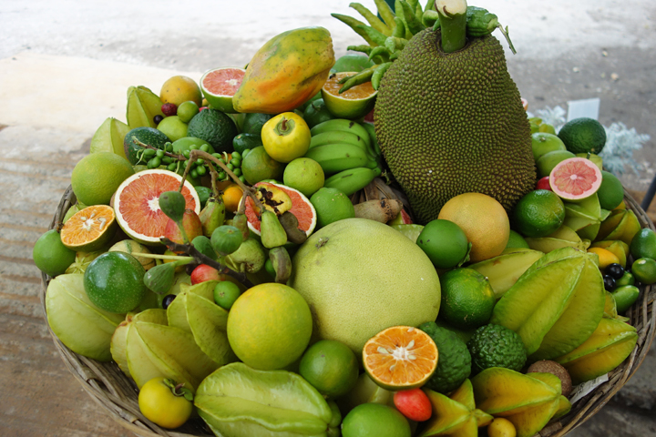 Dish of the fruits sold at Vivero Yautepec